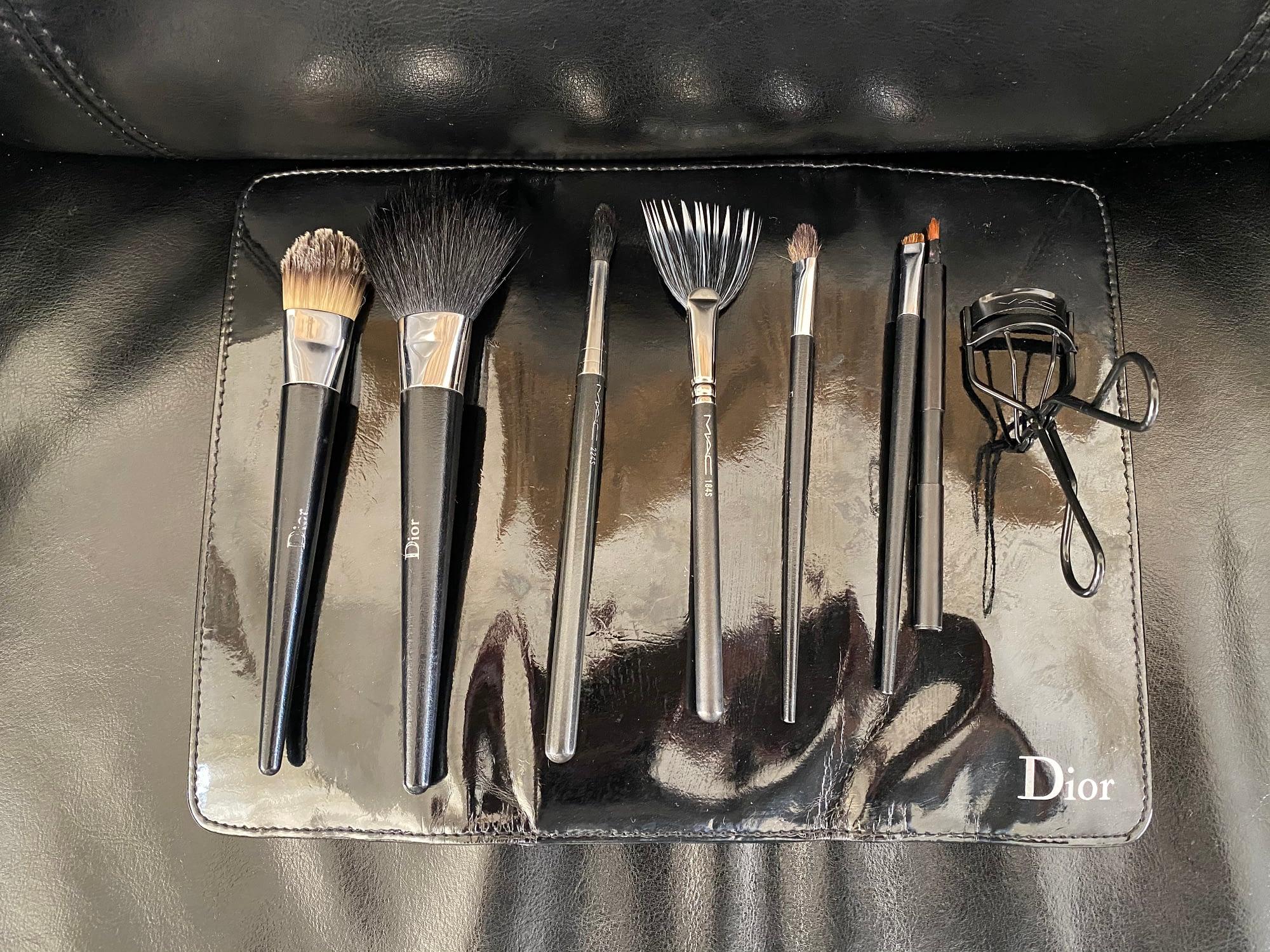 7+1 Brushes